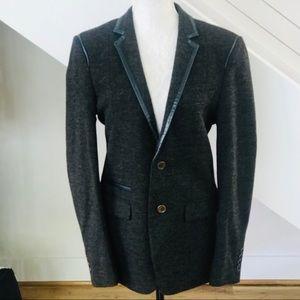 Classic Burberry Women's Blazer. Charcoal w/Blue.